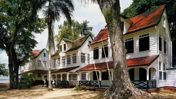 Architectuur en Monumenten in Suriname