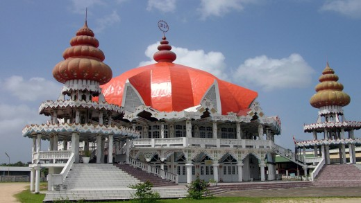 Religieuze gebouwen in Suriname