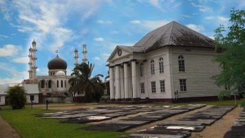 Religieuze gebouwen Suriname