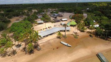 Galibi luchtopname in Suriname